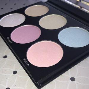 BH Cosmetics Backlight Palette